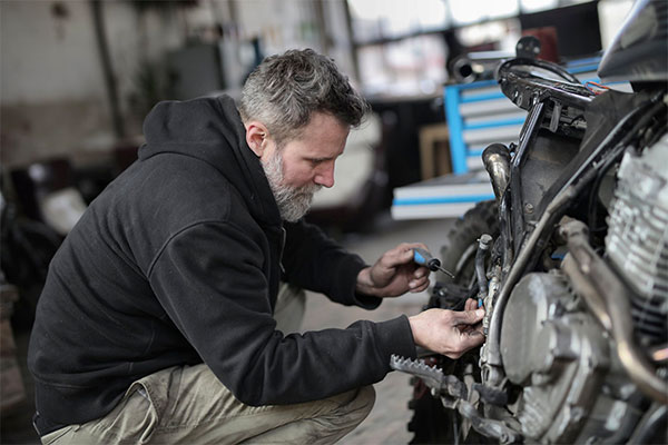 feature Motorcycle Maintenance Five Things You Can Do on Your Own Five Tasks You Can Do Yourself - Motorcycle Maintenance: Five Things You Can Do on Your Own